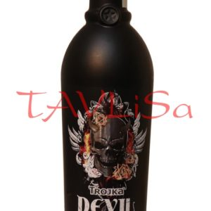 Trojka Devil Vodka Liqueur 33% 0,7l